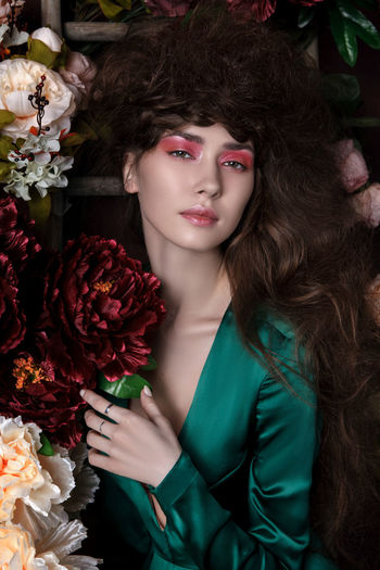 girl with flowers Beautiful Woman Beauty Bouquet Close-up Fashion Flower Flowers Flowers,Plants & Garden Girl With Flowers Green Dress Hairstyle Model Pink Make Up Rose - Flower Sexygirl Style The Portraitist - 2017 EyeEm Awards Women Young Adult Young Women