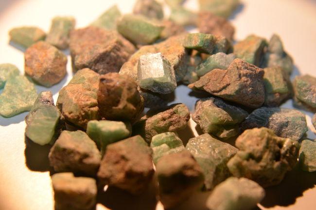 Emerald Emerald Unpolished Precious Stones Close-up Full Frame No People Emeraldgreen Smaragd Smaragd Green