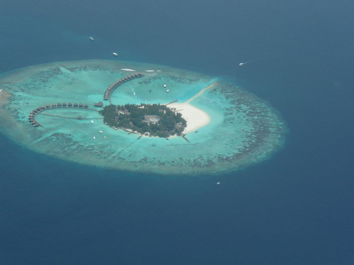Day Dream Destination Family Holiday Flight From Airplane Window Indian Ocean Island Paradise Maldives Maldivesphotography Malediven  Nature No People Ocean View Outdoors Paradise Beach Picture From Airplane Plane Relaxing Time Time For Family
