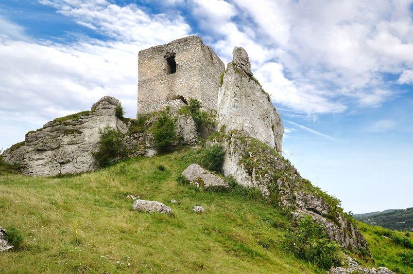 Olsztyn - castle ruin Olsztyn Śląsk Polska Ruins Architecture Ruin Castle Poland Polen Landscape Mountain Sky Cloud - Sky EyeEmNewHere