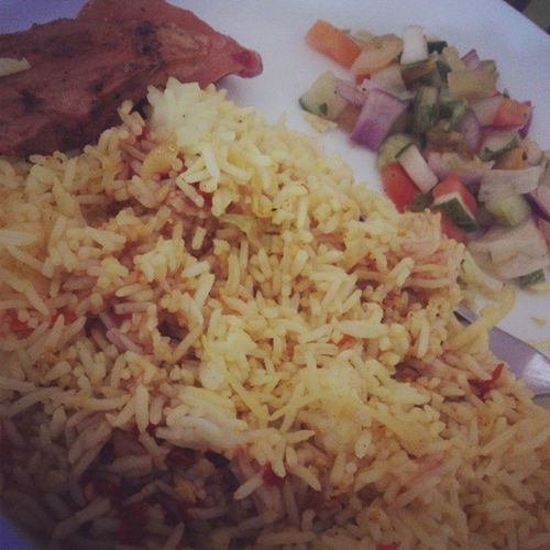 VegetableRice Salad Hotandspicy Chicken Yummy Meal Of The Day Lunch With Bestwy's