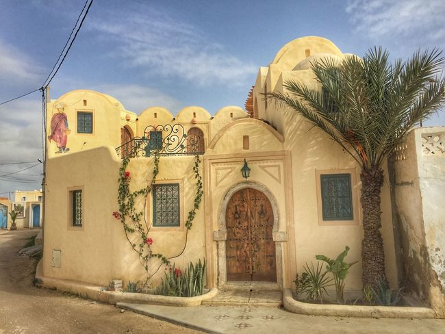 Houses in Tunisia Maison House بيت Arabic Style Islamic Islamic Architecture تونس معمار جربة  Djerba  Arabic Architecture Arabic Arab Architecture Built Structure Building Exterior Cloud - Sky Sky Day Outdoors Façade Place Of Worship Travel Destinations No People Tree