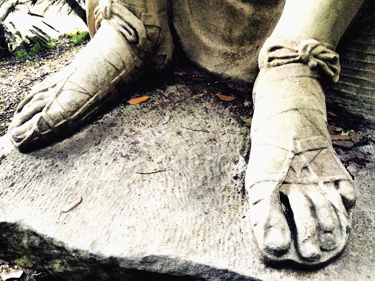 one person, human leg, men, human body part, real people, outdoors, day, low section, one man only, human hand, close-up, people