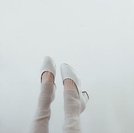 Winter Cozy White 🌬🌨 Cashmere Zara OpenEdit Japan Photography EyeEm Best Edits Fashion Photography Shoes ♥