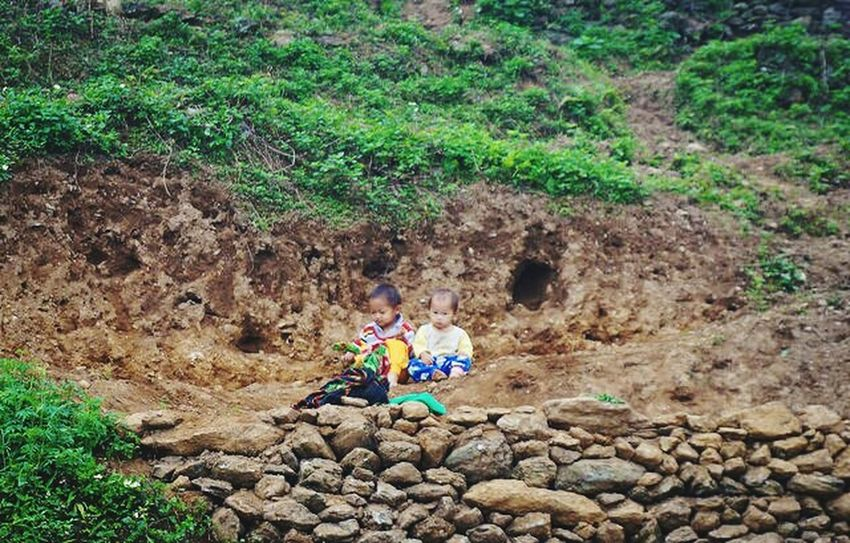 Scenery Shots Children On The Road Travelling Hà Giang Viet Nam Vietnam Hello World Picture Children Playing