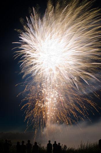 Fireworks in Finland Atmosphere Atmospheric Mood Celebration Exploding Finland Firework Firework Display Fireworks Fireworksphotography Järvenpää Lake Long Exposure Motion Night Nightphotography People Silhouettes Silhouettes Of People Smoke