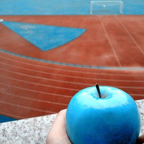 Instagram - Greet u hello ! U remind me of my blue apple, somehow.
