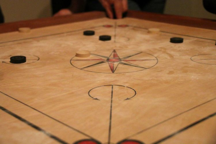 Carrom Carromboard EyeEm Selects Indoors  Table High Angle View Human Body Part Human Hand One Person