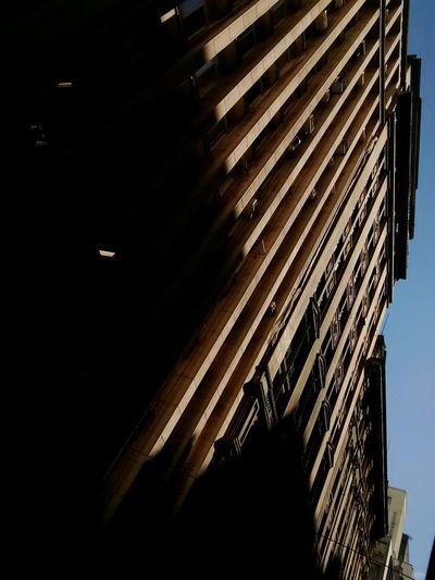 Um jeito diferente de ver 🙌The Architect - 2017 EyeEm Awards Architecture Building Exterior Low Angle View City Sky Day Outdoors SP Brazil Sao Paulo - Brazil Sunlight Shadow Architecture Low Angle View