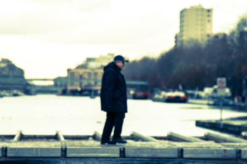 À Paris ボケ写真 Streetphotography Street Paris One Person Real People Men