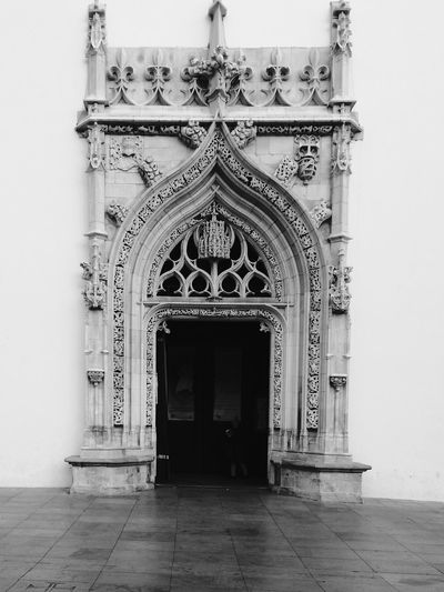 Arch Architecture Built Structure Pattern No People Building Exterior Day Place Of Worship Outdoors Portugal Tomar Tourism Door Black & White