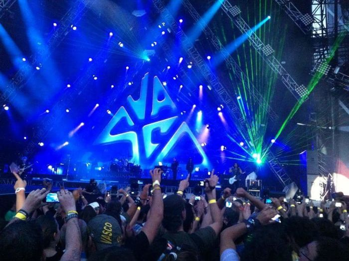 TakeoverMusic Night Blue Popular Music Concert Performing Arts Event Summer Vascorossi Livekom