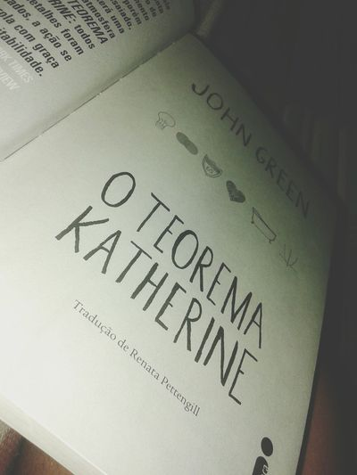 Livro perfeito! Johngreen Oteoremakatherine Books ♥ First Eyeem Photo