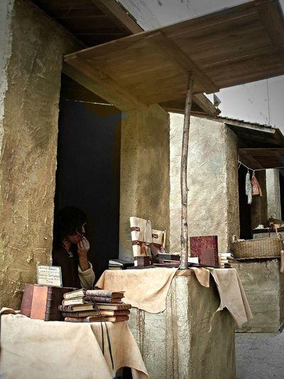 Medioeval Village Bevagna Mercato Delle Gaite Thinking Books Focus On The Story