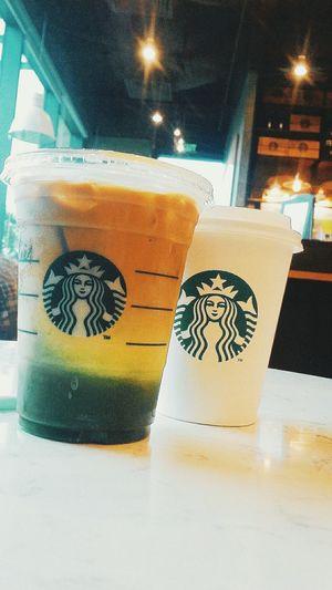 Ice matcha coffee for rain day. Stabuckscoffee Wfriend Drinking Coffeetime SoDelicious Loveit♥ Picoftheday Photooftheday Dzdz☺☺☺