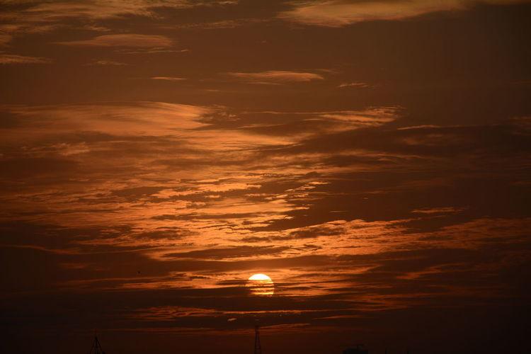 Sunset Nature Beauty In Nature Orange Color Sunlight Crimson Sky Cloud - Sky No Filter No Edit Bengaluru City Sunset Nikon D5200 Nikon Sky Outdoors Beauty In Nature Nature Sun Urban Sunset Tranquility Mesmerising Skies