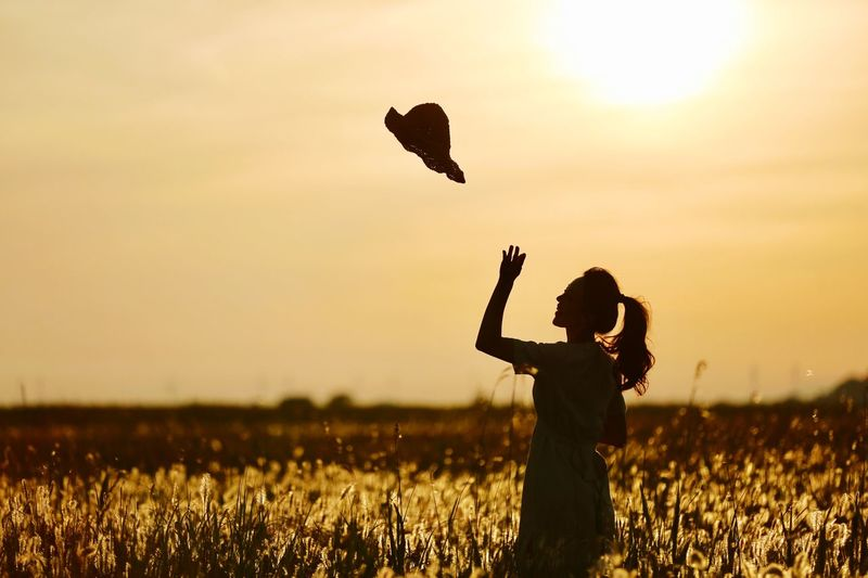 Sunset Beutiful  Photo Beauty In Nature Lovely Women Sky Sunset Field Silhouette Land One Person Leisure Activity Nature Lifestyles Real People Outdoors The Still Life Photographer - 2018 EyeEm Awards