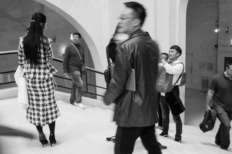 Asian Woman Bauty Black & White Fashion Leisure Activity Louvre Museum Monochrome Motion Blur People Watching