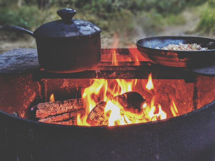 campfire cooking Flame Heat - Temperature Burning Camping Stove Smoke - Physical Structure Steam Close-up Food And Drink Bonfire Fire Pit Wood Burning Stove Campfire Firewood Kettle Fire - Natural Phenomenon Fireplace Fire Skillet- Cooking Pan