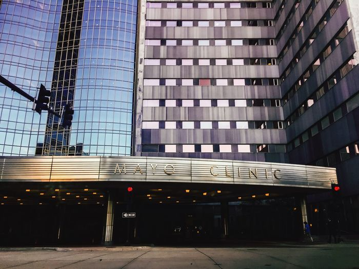 Check This Out Hanging Out That's Me Hello World Hospital Architecture_collection Architecture Landscape_photography Followme MayoClinic Taking Photos Check This Out Beauty History