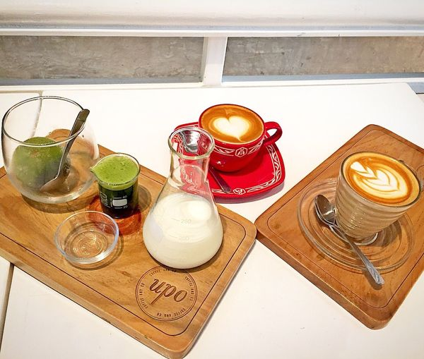 Our Drinks for Sunday Evening 👍 Drinks! Relaxing Beverages Beveragephotography Feeling Blessed Flat White Coffee Caffè Latte Matcha Green Tea Hanging Out Family Time