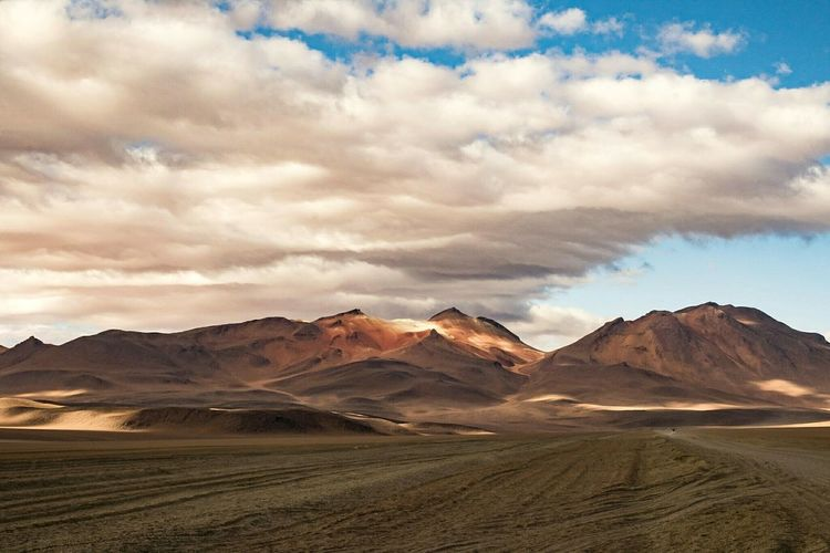 Landscape Outdoors Scenics No People Mountain Day Southamerica Andes Potosi Bolivia Bolivia Landscape_photography Eduardo Avaroa Desert Eduardo Avaroa National Reserve Potosi Mountains Beauty In Nature Sky Cloud - Sky Nature Landscape Photography Outdoors Photograpghy  Andesmountains Andes Landscape Landscapes Potosi