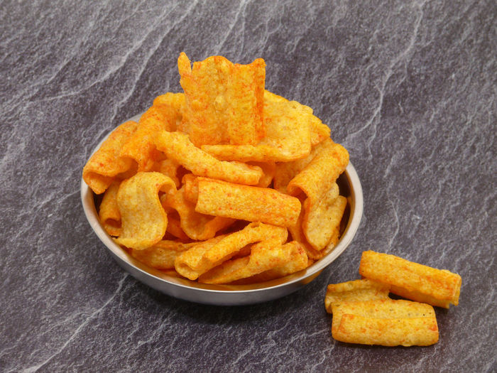 Lentils Chips Savory Crackers Chilli Lentil Flour Proteins Food And Drink Food French Fries Prepared Potato Snack Potato Fried Fast Food Unhealthy Eating Studio Shot Indoors  Ready-to-eat No People Bowl Appetizer Condiment Crunchy Freshness Close-up High Angle View Take Out Food