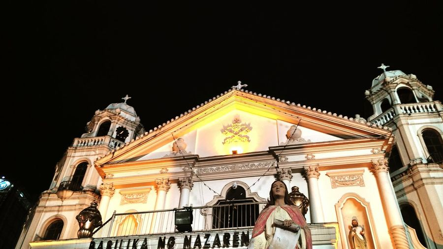 S I M B A Hanging Out Check This Out Taking Photos Hello World Enjoying Life Unwind, Loosen Up, Ease Up, Slow Down, De-stress, Unbend, Rest, Put One's Feet Up, Take It Easy Colour Photography Nightphotography Quiapo Plazamiranda
