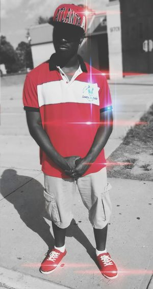 I am no model, I'm just talented at taking and editing pictures. Streetphotography Street Photography Red White Blue Redwhiteandblue Ieditpictures Taking Photos That's Me Enjoying Life