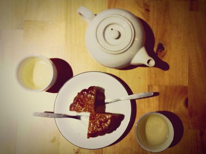 Trung Thu dành cho trẻ lớn Taking Photos Hello World Trungthu Cake Tea Relax Enjoying Life