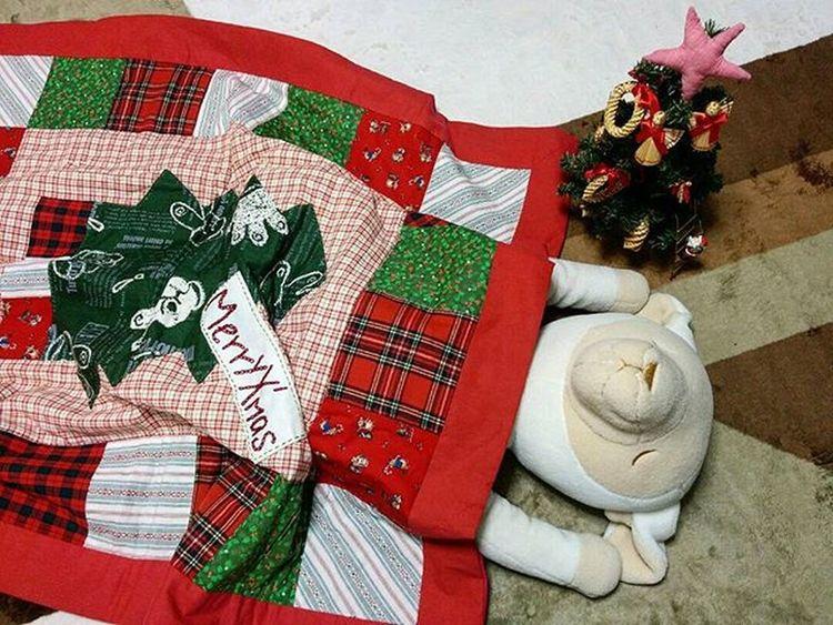 🎄 お早うございます🎶😃 Goodmorning🎶(* ´ ▽ ` *)ノ ※ 曇ってます☁( 10ºc)We cloudy ※ メリークリスマス MerryChristmas 羊 Sheep キルト Quilt クリスマスツリー Christmastree 🎈👻 Handmade_Japan_nagoya_mitu