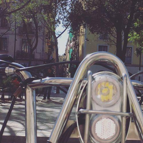 Bike Headlights Headlight Catalunya Barcelona Streets Narrow Street Streets Of Barcelona Raval Bikes Close-up In Front