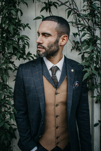 Styled Wedding Shoot Groom Grooms Groomsmen Wedding Wedding Photography Day Groomsman Individuality Leaf One Man Only One Person Only Men Styled Shoot Wedding Shoot Young Adult