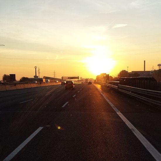 Autostrada Bergamo Monza Sole Tramonto Viaggio Sunset Sun Travel Voyage Soleil Smile Comeback Ontheroad HighwayToHell