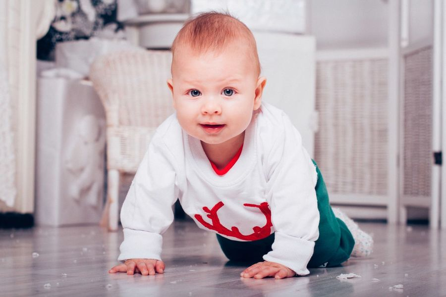 Portrait Looking At Camera Baby Childhood Innocence Babies Only Sideways Glance One Person Front View Toddler  Full Length People Domestic Life Babyhood Outdoors Day Долгополова елена Novosibirsk Father Mother Child Baby Bonding Fun