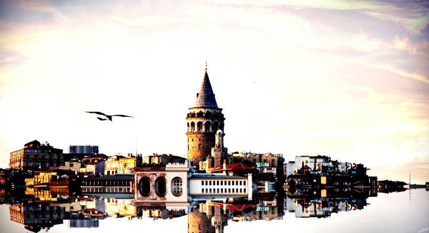Galata Tower Galata Kulesi , İstanbul 🌁🗼 Galata Kulesi Istanbul Nature The Human Condition Blackandwhite Good Night Nature Collection