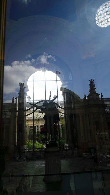 Museum Angels Statue France Paris Petit Palais ArtWork Reflections Glass Reflection Beauty