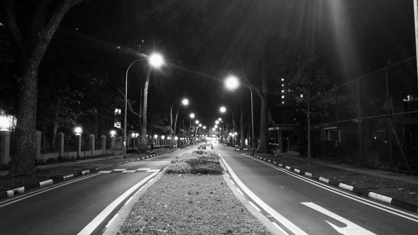 """So don't stop, get it, get it Until you're cheddar header Yo, watch the way I navigate, ha ha ha"" Night Street Light No People Nightphotography Blackandwhitephotography LGV10 Lgv10photography Feelgoodinc"