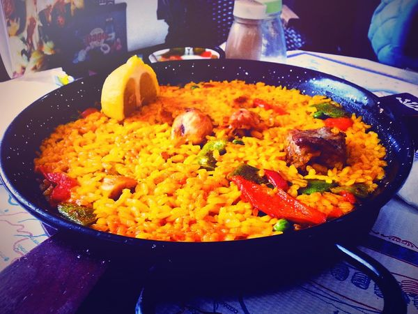 Having a delicious PaellaValenciana in Malaga. Food Porn Awards Travelling Foodphotography Made In Spain