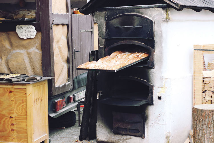 Market Appliance Baking Bread Bread Close-up Day Food Food And Drink Freshness Heat - Temperature Indoors  Kitchen Market Stall No People Outdoor Photography Outdoors Oven Preparation  Preparing Food Stove Toaster