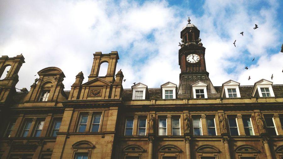 Leeds, UK Look Up Building City England Sky And City Sky EyeEm Gallery EyeEm Best Shots