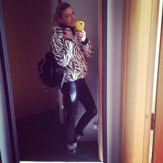 Modalità zebra on Woman Fashion Blonde Enjoying Life Picoftheday Street Fashion