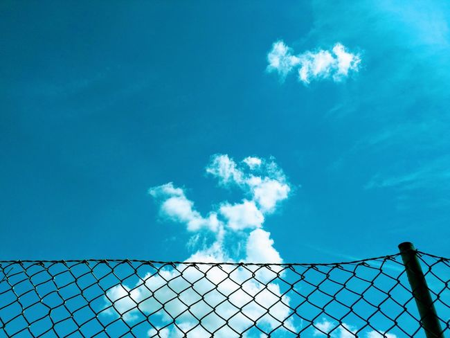 Clouds And Sky Clouds Blue Sky Freedom Socialenvyco Photooftheday Water UnderSea Tennis Blue City Safety Chainlink Fence Protection Sky Close-up Horizon Over Water Chainlink Barbed Wire