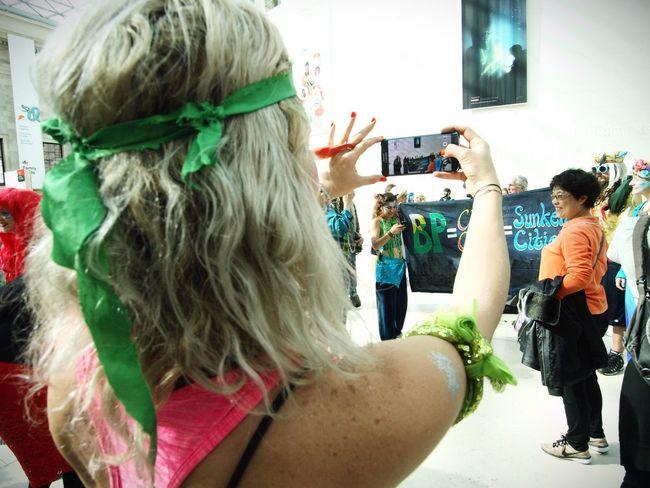BP or not BP, anti BP sponsorship flash mob at the British museum. 25/09/2016 News Protest Flashmob Green Color Sponsorship Mermaids BP Or Not Bp BP Stevesevilempire Steve Merrick Zuiko Olympus