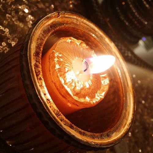 Warmth Close-up Candlelight Candle Candle Burning Candle Flame Illuminated Indoors  Light Burning Candles Burning Wax Romantic Romantic Mood Ambient Light Ambiance