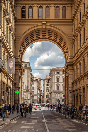 Firenze Firenze Today Italy Magic Atmosphere Mercato Porcell My City Piazza Della Repubblica Firenze Porcellino Floren San Lorenzo Basili Street Photography Tuscany