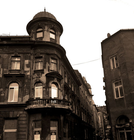 Street Sarajevo Bosnia Old Buildings Austrohungarian Architecture Windows History