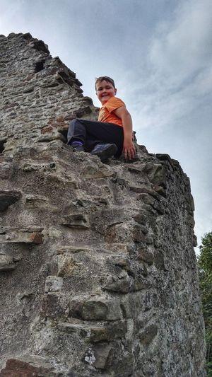 hi Child Sitting Manual Worker Stack Portrait Working Sky Mountain Climbing Rock Climbing Free Climbing
