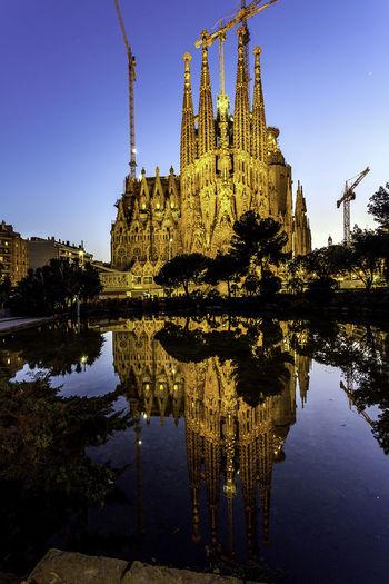 La Sagrada Familia Architecture Building Exterior Built Structure History Place Of Worship Reflection Religion Spirituality Travel Destinations First Eyeem Photo