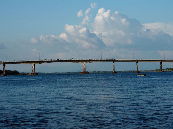 Sea Bridge -